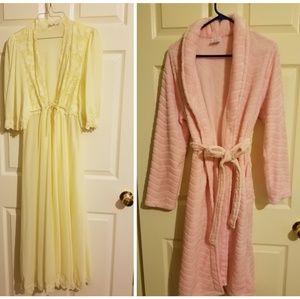 none Intimates & Sleepwear - Robes